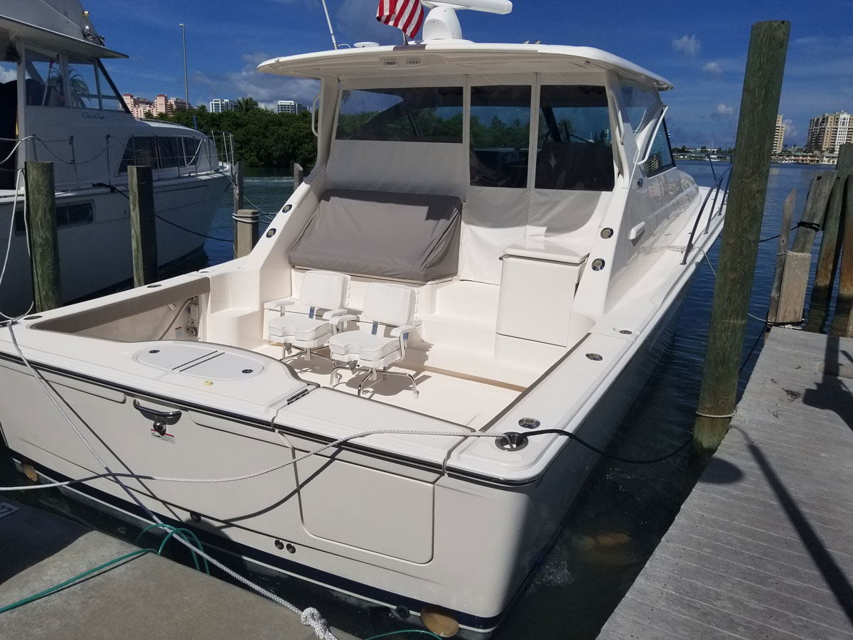 Boat Hull Cleaning. Tampa Bay, Clearwater Florida